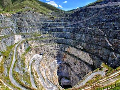 三号矿坑w1800600.jpg